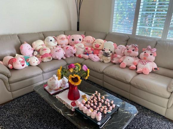Vợ cố nghệ sĩ Chí Tài tiết lộ những món quà Phi Nhung thường tặng mình mỗi khi về Mỹ, nhìn thôi mà đau lòng - Ảnh 2.