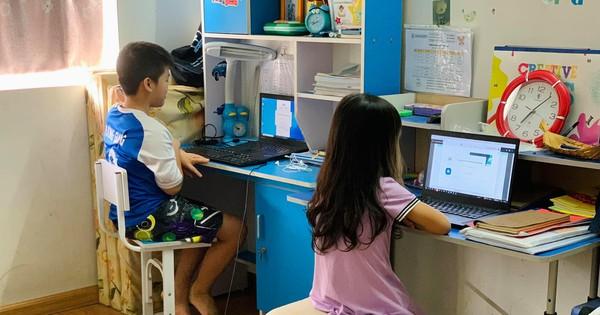 Laptop giá rẻ cháy hàng đầu năm học mới - Ảnh 2.