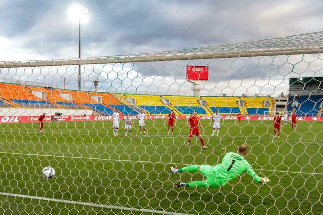 Gareth Bale buông lời cay đắng sau khi lập hat-trick cho ĐTQG - Ảnh 1.
