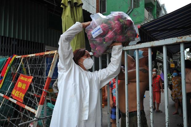Không kêu gọi 1 đồng từ thiện, Việt Hương vẫn có hành động đáng khâm phục giữa lúc showbiz gặp bão sao kê - Ảnh 5.