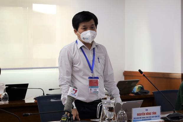 TP.HCM thiếu vaccine Moderna, Phó giám đốc HCDC: Tiêm trễ 1-2 tuần không làm ảnh hưởng đến hiệu quả bảo vệ - Ảnh 1.