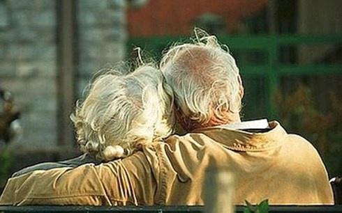 Chăm sóc vợ suốt 3 năm, cụ ông 86 tuổi ra tay giết hại vợ khiến con cái ngỡ ngàng - Ảnh 2.