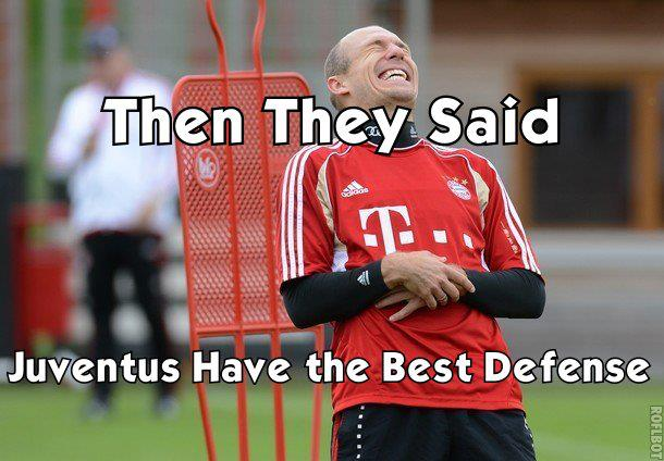 Robben cười sướng
