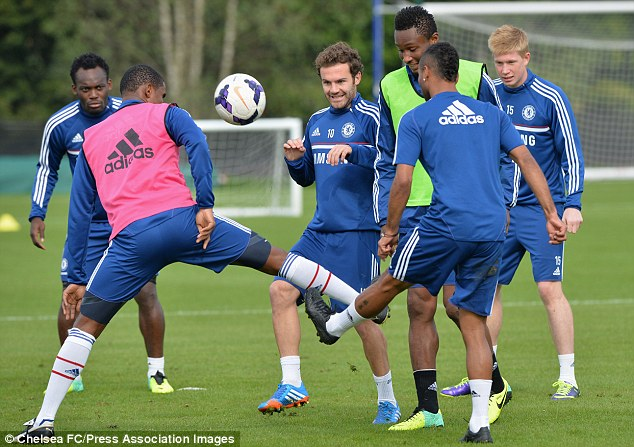 Mata chỉ chú tâm tập luyện và tự tin NHM sẽ giúp anh trở lại sân đấu