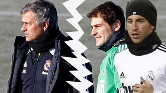 Casillas chống phá Jose Mourinho