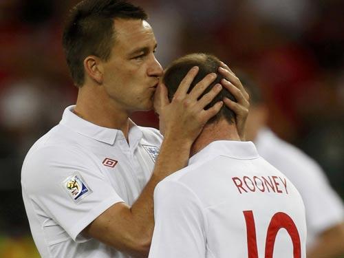 Terry... hôn Rooney