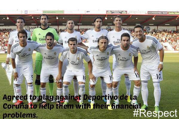 Real chấp nhận đấu giao hữu với Deportivo để góp phần giúp CLB này thoát nợ