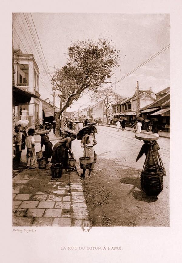 So sánh hình ảnh Hà Nội và Paris cuối thế kỷ 19 11