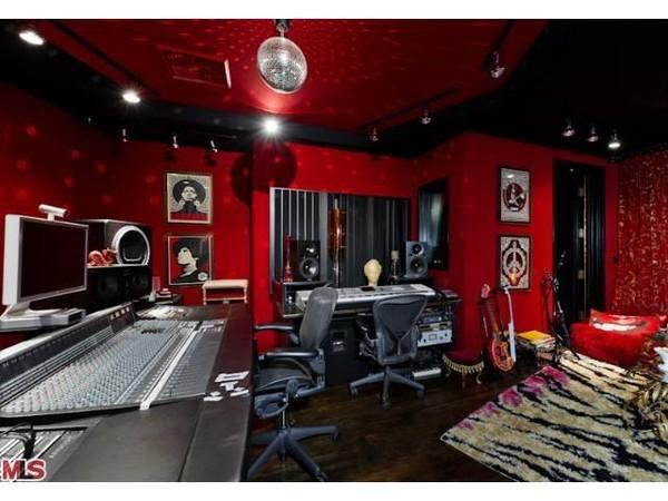Christina Aguilera bán được biệt thự lộng lẫy 281 tỷ 16