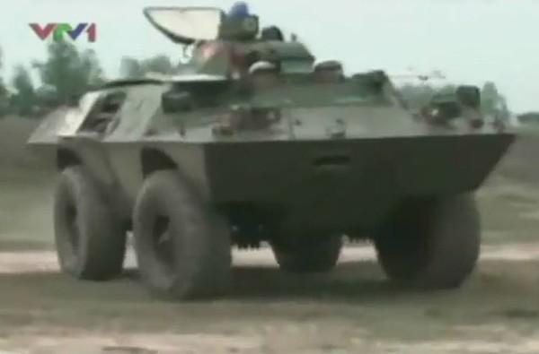 V-100 Việt Nam nghiệm thu sau khi được nâng cấp