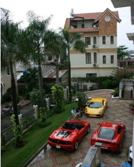 Đại gia Việt nào có nhiều siêu xe nhất?