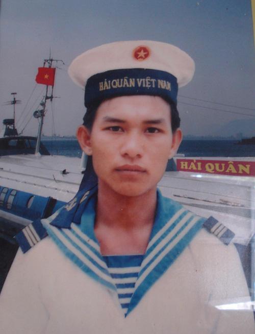 Anh Trương Văn Hiền lúc là lính hải quân