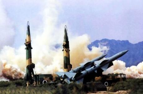 Các đơn vị tên lửa đất đối đất có khả năng tấn công và chống tấn công hạt nhân với quy mô lớn.