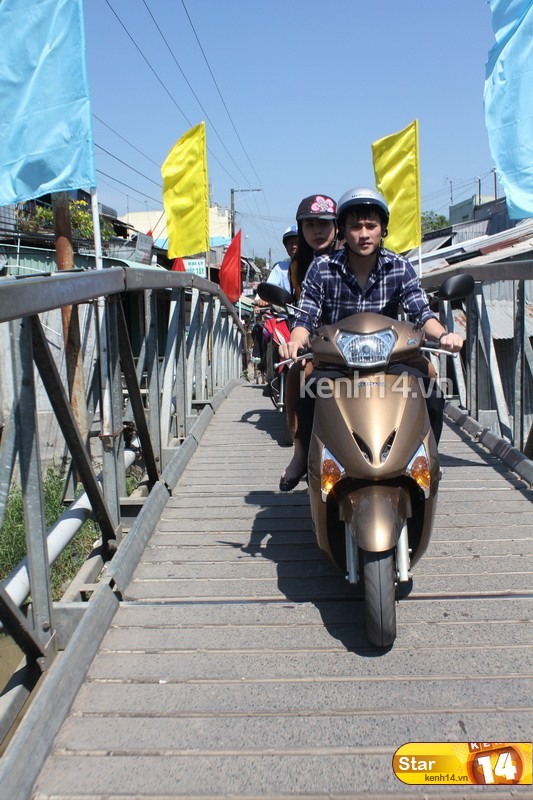 Sao Việt và những kỷ niệm cùng... xe máy 1