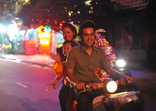 Sao Việt và những kỷ niệm cùng... xe máy 4