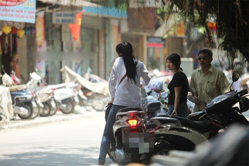 Sao Việt và những kỷ niệm cùng... xe máy 27