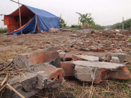 Ngôi nhà 2 tầng của gia đình ông Đoàn Văn Vươn đã bị phá huỷ hoàn toàn trong vụ cưỡng chế trái luật