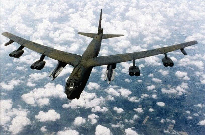 Máy bay B-52H mang tên lửa hành trình tầm xa AGM-86B ALCM tiến hành phi vụ tuần phòng hạt nhân (Photo of FAS)