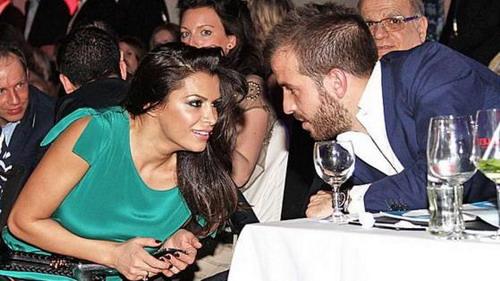Sabia đòi ly dị với Boulahrouz chỉ vì Van der Vaart - Ảnh: Bild