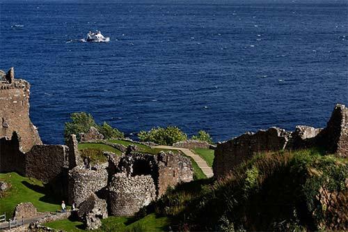Những bí mật khó tin về quái vật Loch Ness, Bí ẩn lịch sử, Phi thường - kỳ quặc, Quai vat ho Loch Ness, chuyen la, chuyenla, chuyện lạ, bi an khoa hoc, khoa hoc, chuyen la kho tin, chuyen la co that, chuyen la the gioi, bao, tin tuc