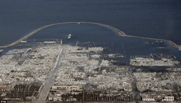 Thị trấn ma nhô lên khỏi mặt nước sau hơn 1/4 thế kỷ 1