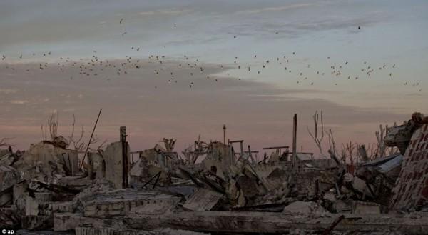 Thị trấn ma nhô lên khỏi mặt nước sau hơn 1/4 thế kỷ 7