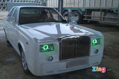 Mẫu xe siêu sang Rolls-Royce Phantom tự chế.