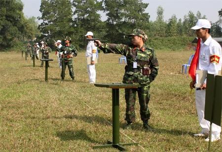 Thi đấu bắn súng trong Đại hội TDTT toàn quân