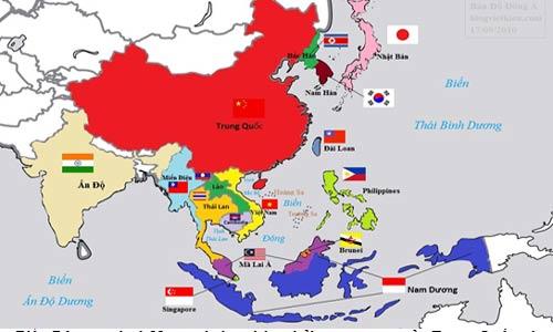 """Biển Đông, nơi có 29 con đường hàng hải quan trọng của Trung Quốc và eo biển Malacca. Nếu bị khống chế, phong tỏa, lập tức nền kinh tế Trung Quốc sẽ """"lên cơn co giật"""""""