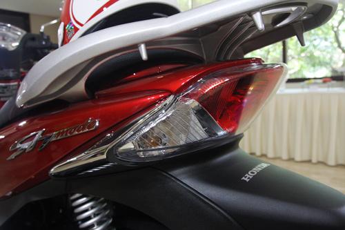 Honda SH mode vừa ra mắt ở Việt Nam