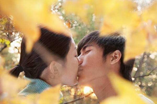 15 sự thật ít người biết về nụ hôn 1