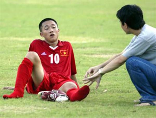 Những cầu thủ Việt kiều thất bại trong lần trở về quê hương 4