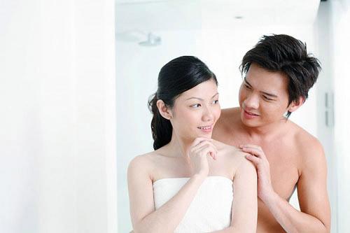 """""""Yêu"""" 3 tháng, thấy bụng đập thình thịch, có thai? - 1"""
