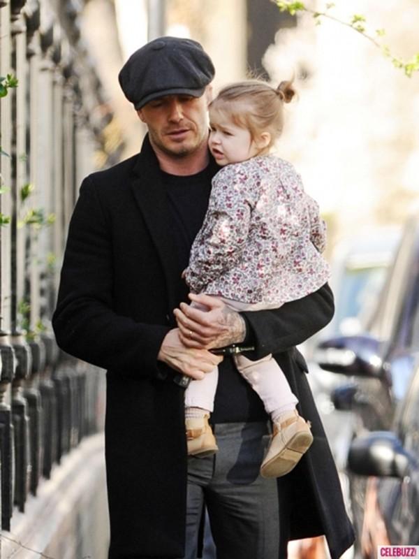 Harper Seven và những hình ảnh cực cute bên bố Becks 11