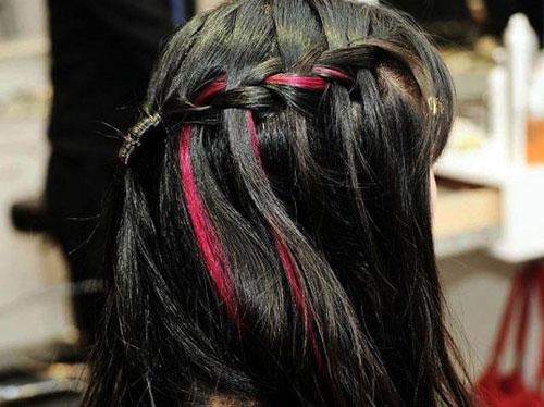 Nữ sinh kiếm 20 triệu/tháng từ việc… cho thuê tóc