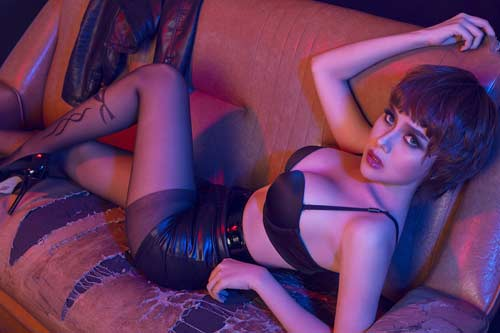 Nữ DJ nổi tiếng bậc nhất VN tung ảnh nóng bỏng