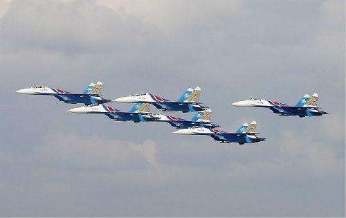 Đội bay Tráng sĩ Nga trên đường sang Malaysia