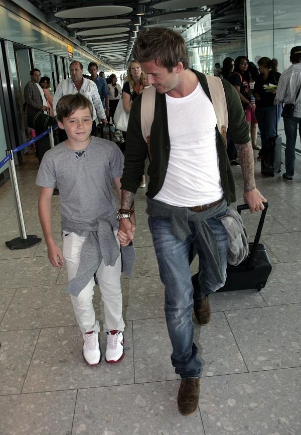 Bí quyết diện jeans của Beckham 17