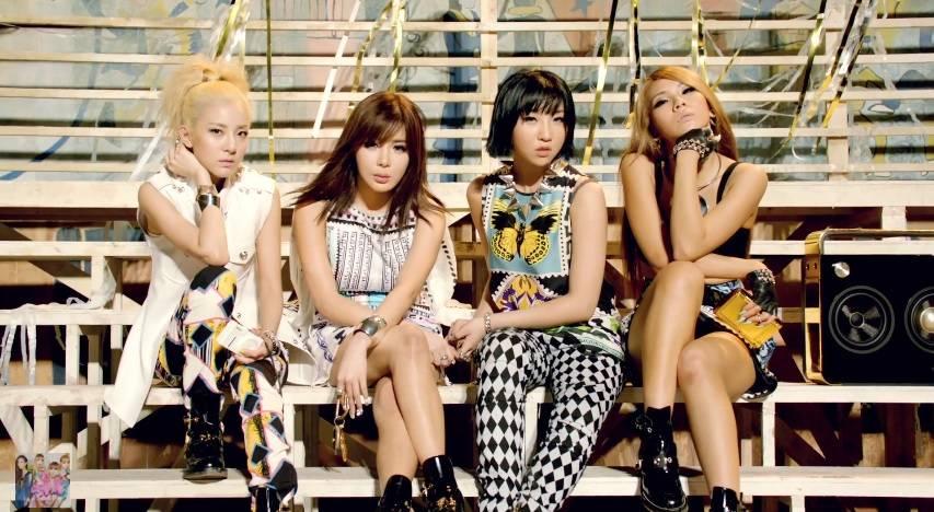 Bản tin showbiz Hàn 08/07: Sao Hàn bị chỉ trích vì vô cảm trước tai nạn máy bay