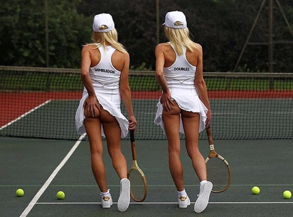 Tennis và trào lưu... vén váy khoe bàn tọa 3