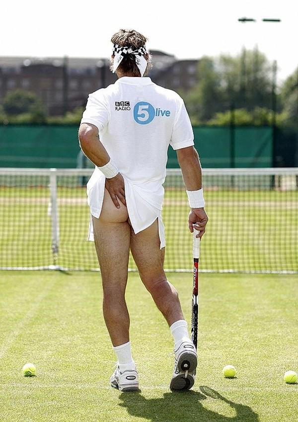 Tennis và trào lưu... vén váy khoe bàn tọa 4