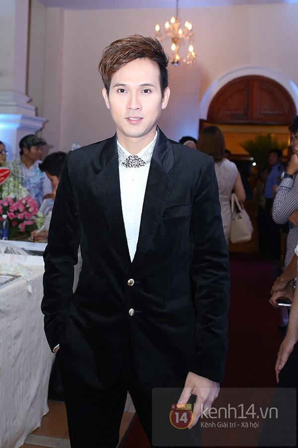 Dàn sao đến dự đám cưới Đan Trường ở Việt Nam 13