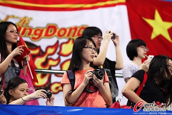Dàn hoạt náo viên nóng bỏng của tuyển bóng rổ Trung Quốc 14