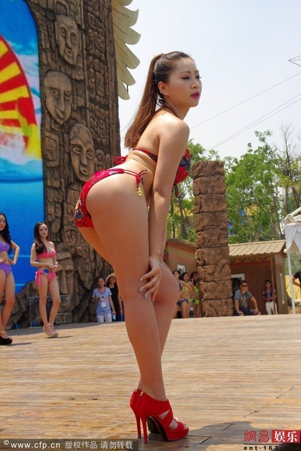 Truyền thông sốc vì ngoại hình của thí sinh Miss Bikini Trung Quốc 1