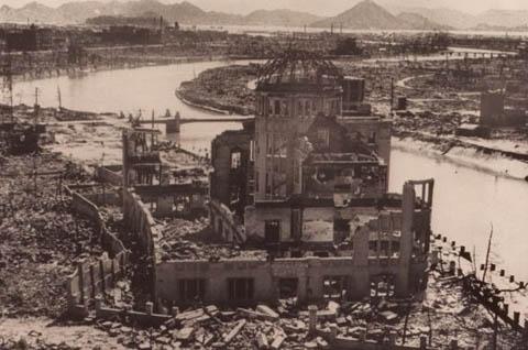 bom nguyên tử, Hiroshima, phóng xạ