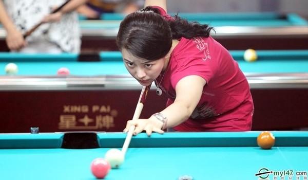 Nữ hoàng 9 bóng rạng ngời tại giải vô địch billiards thế giới 1