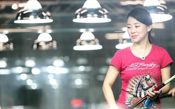 Nữ hoàng 9 bóng rạng ngời tại giải vô địch billiards thế giới 6