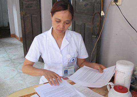 Người tố cáo, 'nhân bản', giấy xét nghiệm