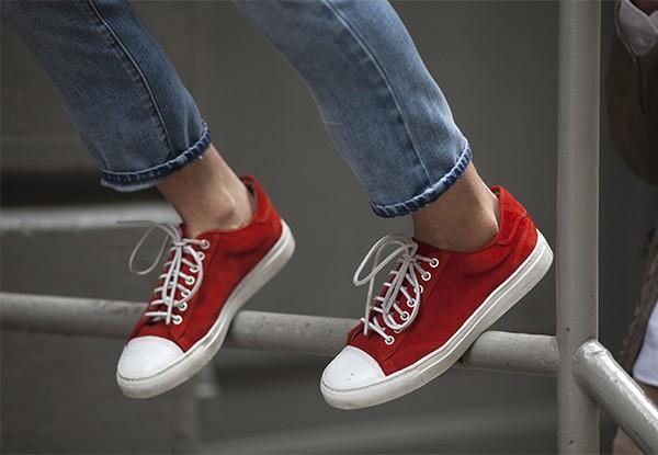 Đổi giày theo... thời tiết 3