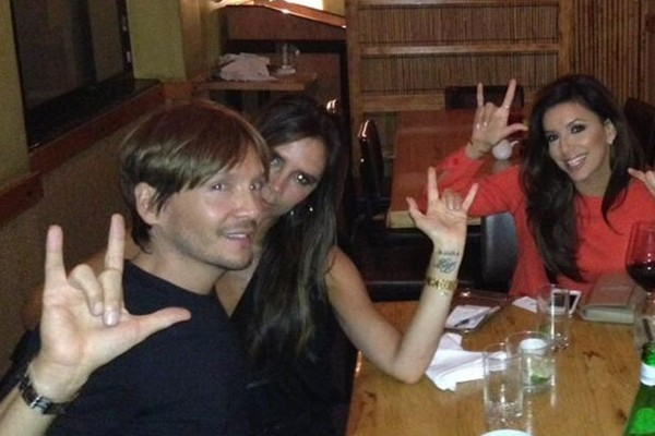 Victoria Beckham khoe vẻ nuột nà như thiếu nữ 5